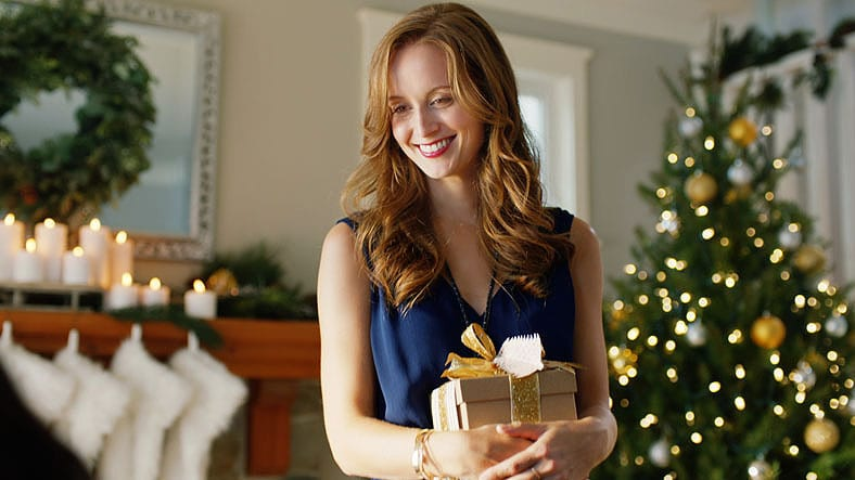 Simon Premium Outlets Holiday 2016 Commercial