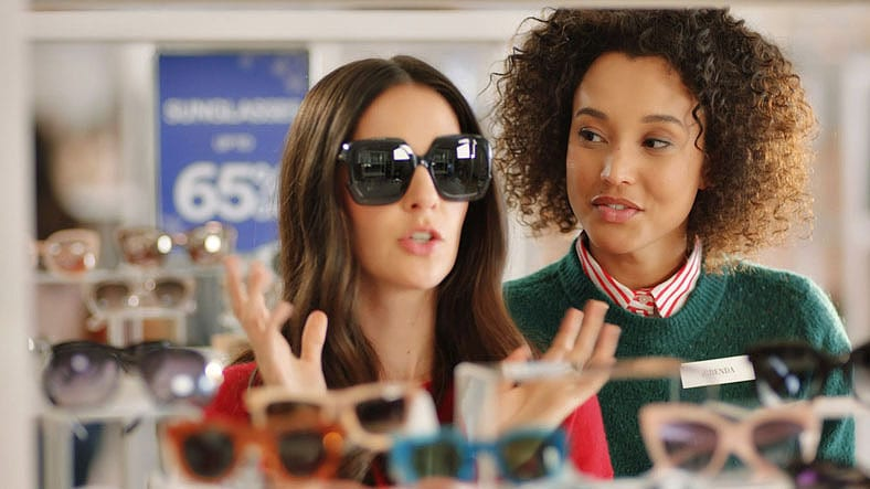 Simon Premium Outlets Holiday 2018 Commercial